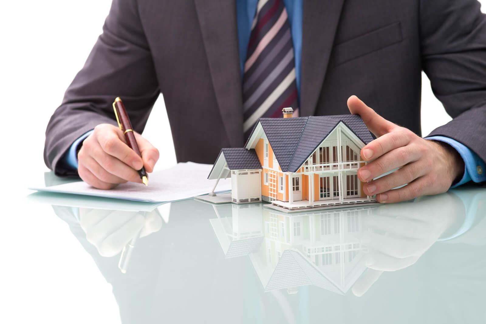 независимый адвокат по жилищным вопросам слышал